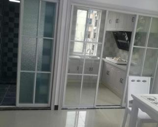 茂业地铁口沁园新村靠菜场4楼全新婚装明厅竖单间急售看房有钥匙