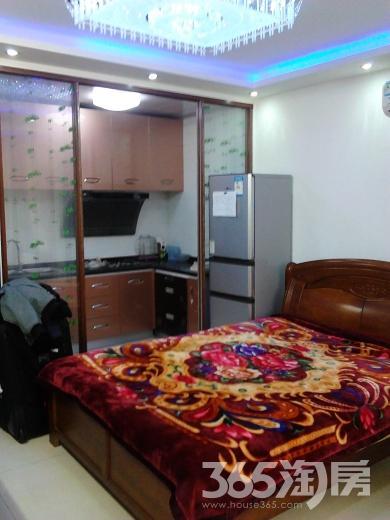 翠屏东南2室1厅1卫95.00平米整租精装