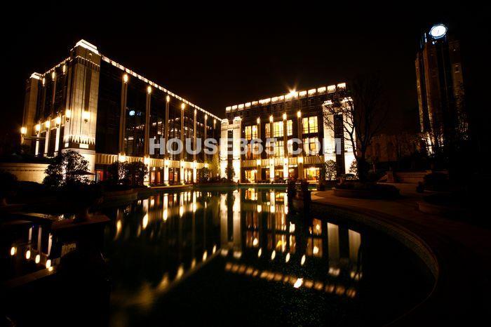 长泰国际社区售楼处夜景