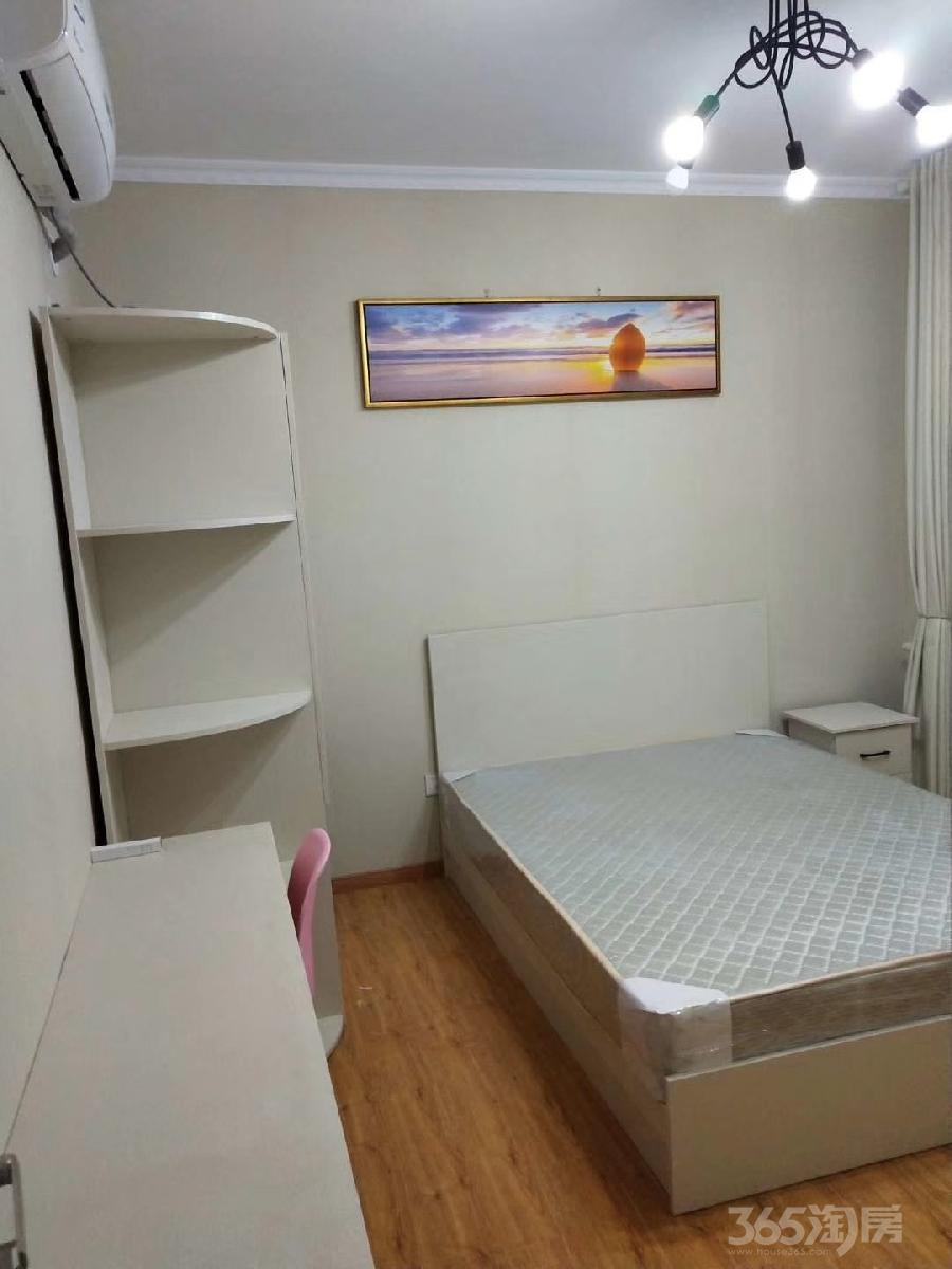 皇族名居3室2厅2卫20平米合租精装