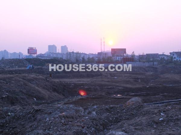 靠近常务大桥地块现状(2011.12.13)