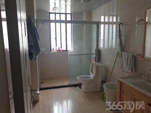 洛川小区5室2厅3卫124.28�O2009年产权房精装