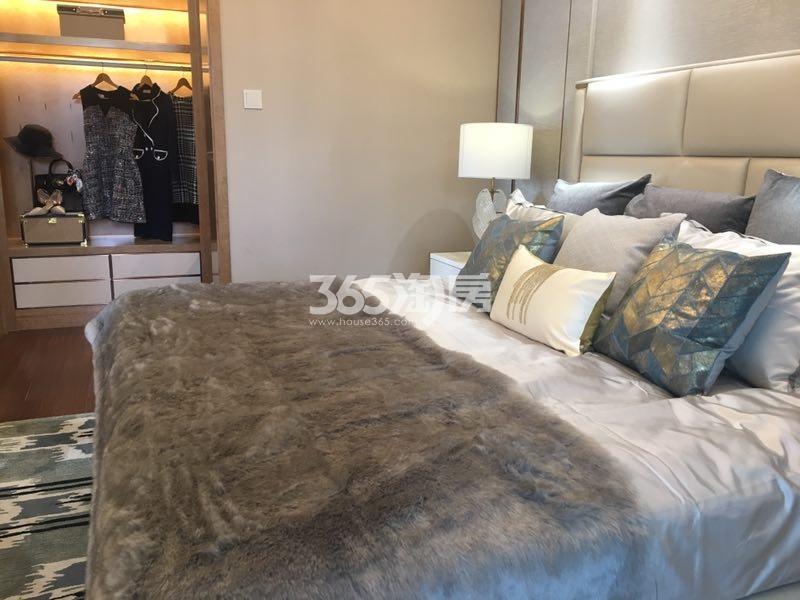 远洋雁归C户型115方样板房——卧室