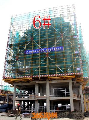 金晖罗兰小镇6#施工中(2017.10摄)