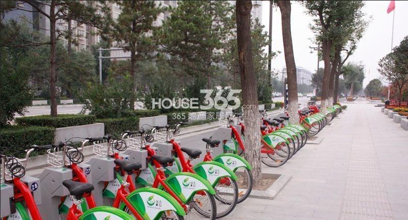 荣华北经城周边便利自行车(拍摄于2013.03.28)