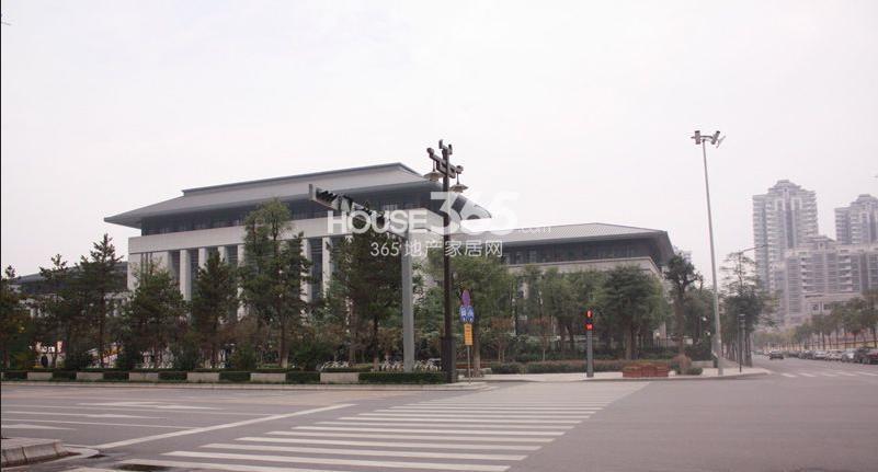 荣华北经城周边市政大楼(拍摄于2013.03.28)