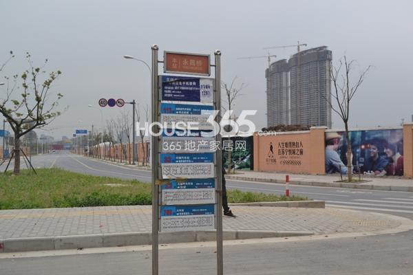 苏宁悦城附近公交站牌