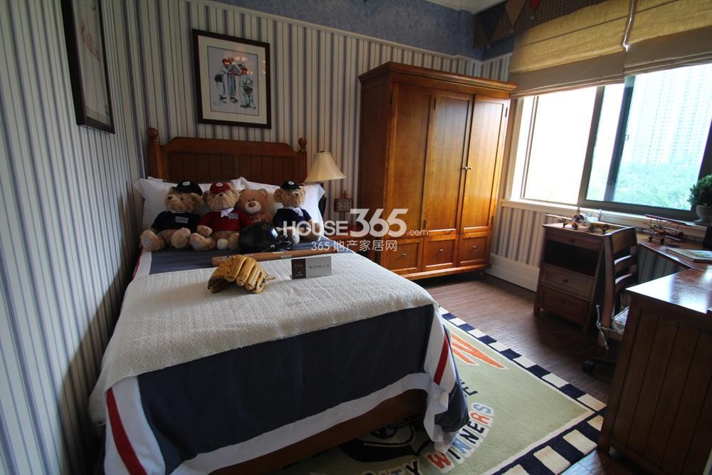 碧桂园凤凰城翡翠岛G146约231㎡样板间——儿童房