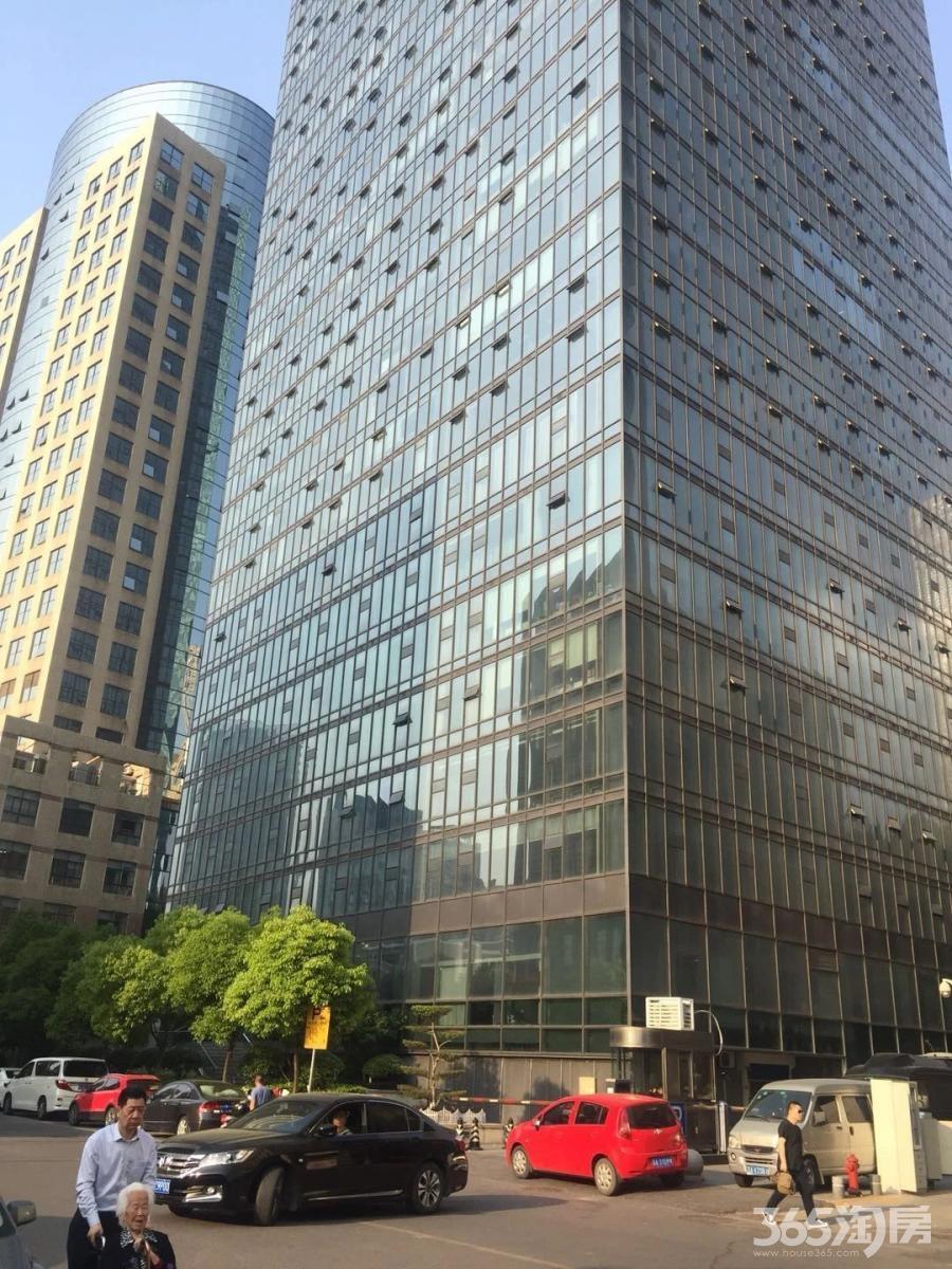 新街口中山路99号806、807室,精装采光好纯写挑高