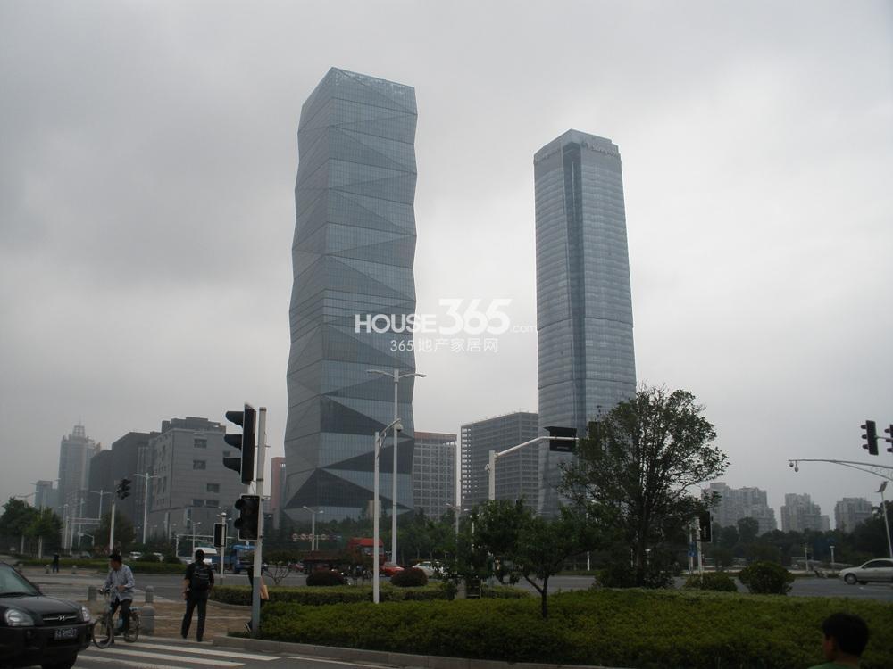 奥体苏宁广场