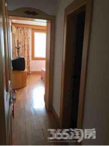 梅苑新村3室2厅2卫133平米整租精装