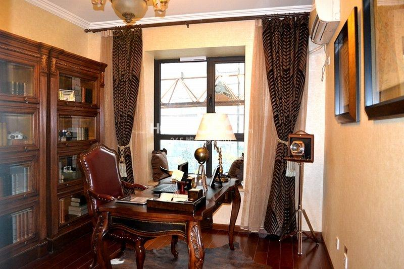 曲江观山悦悦公馆170平4室2厅2卫1厨样板间-书房