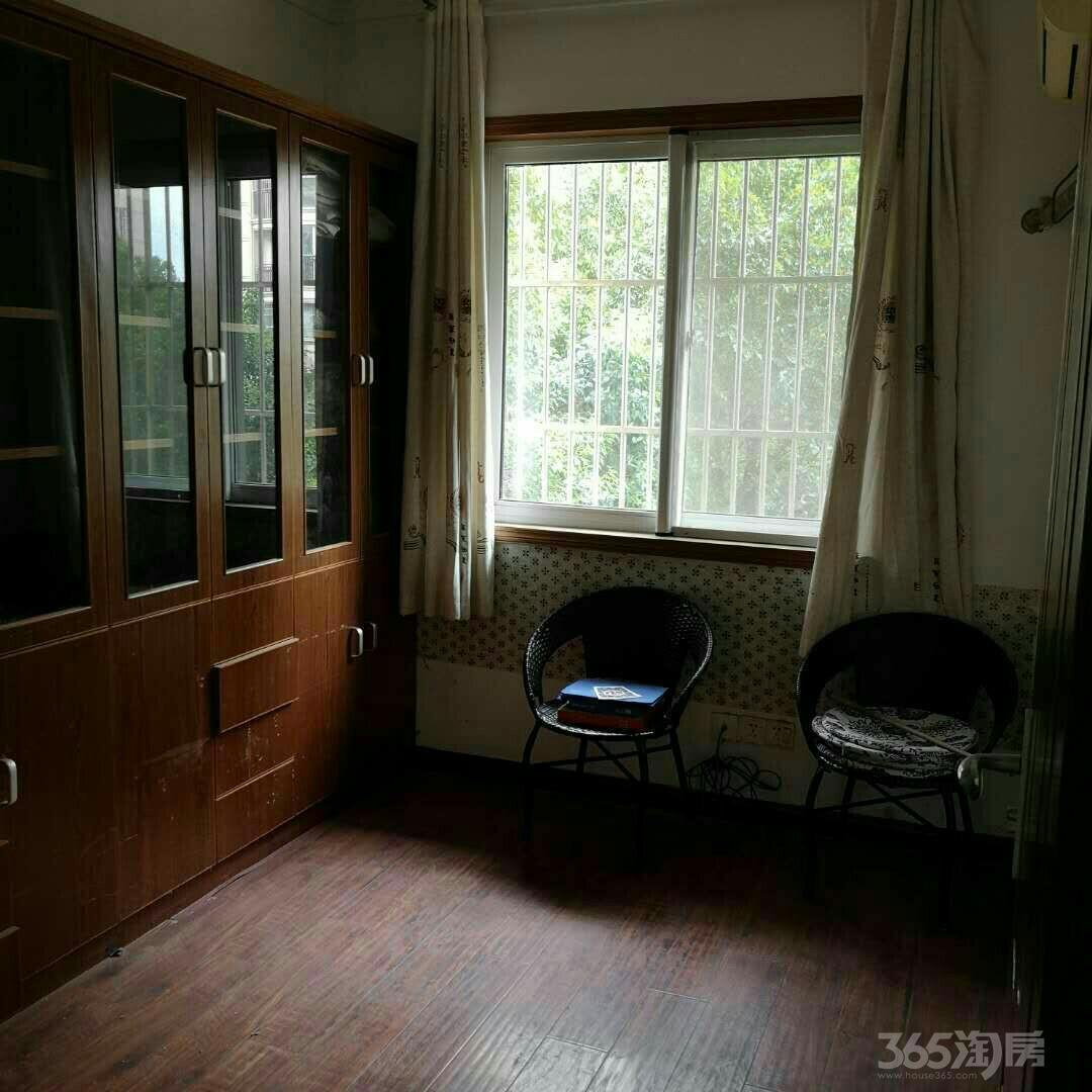 青山湾3室2厅1卫110.00平米整租豪华装