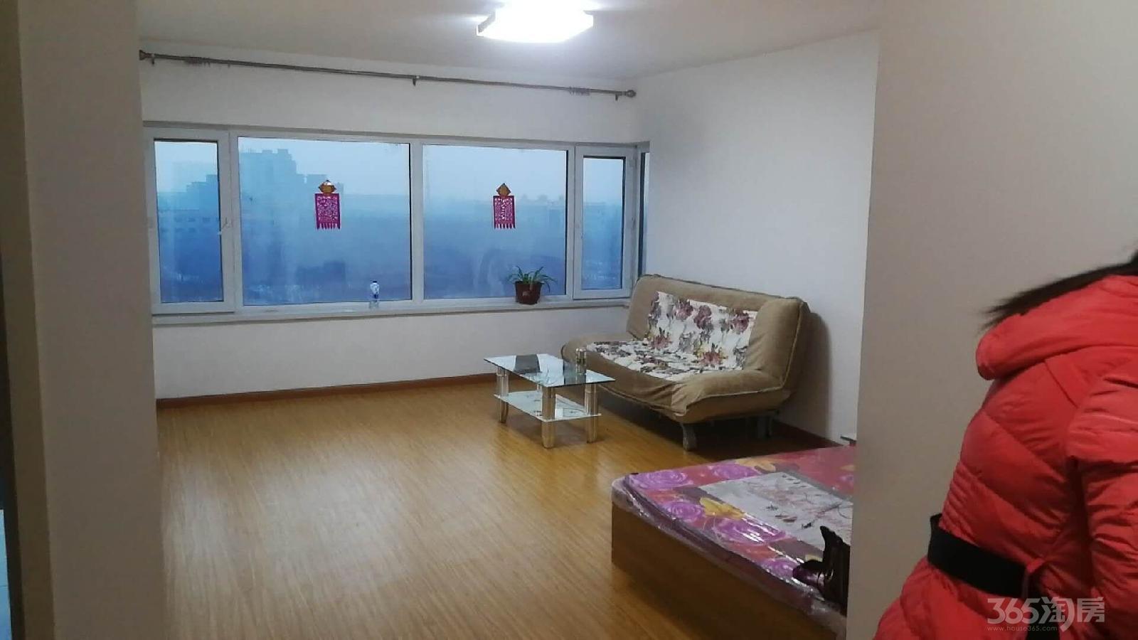 柒季城3室0厅2卫142平米整租中装
