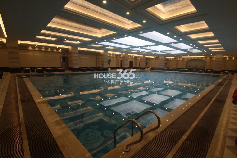 高科荣境二期浅山会所负一楼恒温泳池