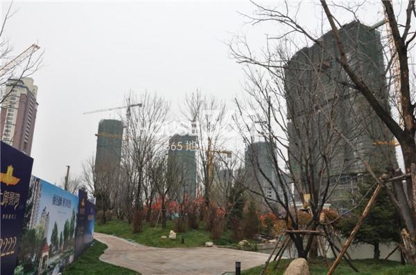 恒大御景湾项目高层基本封顶实景图12月