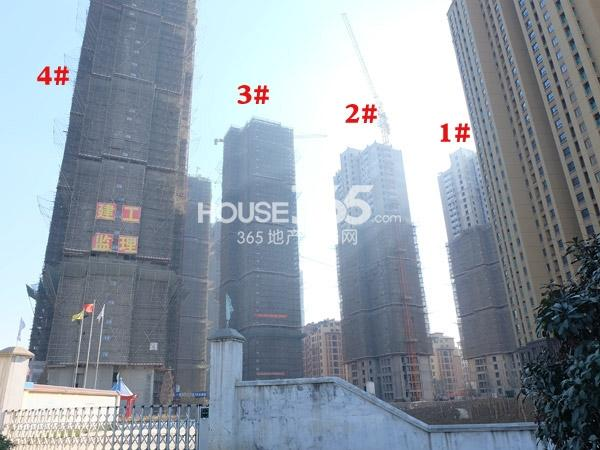 龙湖龙誉城1-4#楼空墅工程进度实景图(2014.1.22)