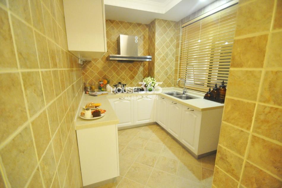 银亿东城D2样板间——厨房