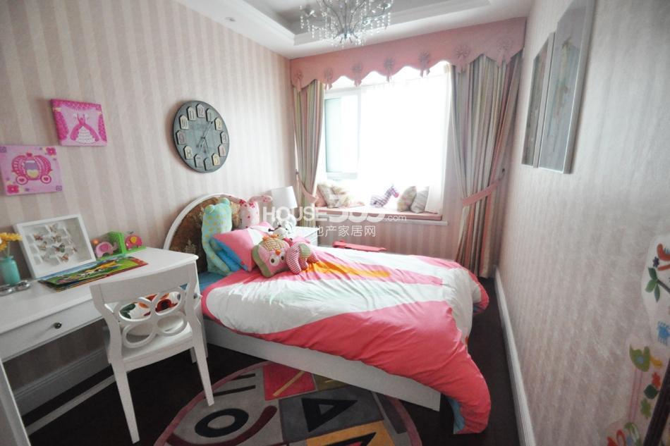银亿东城D2样板间——儿童房