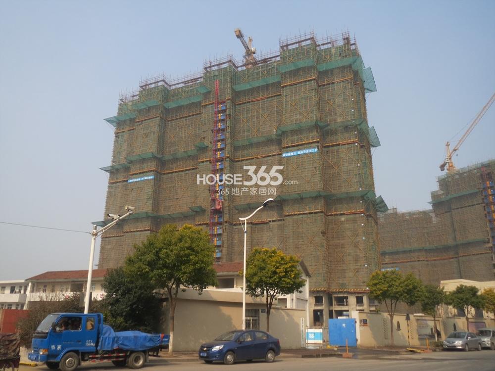 恒盛金陵湾在建楼栋实景图(3.26)