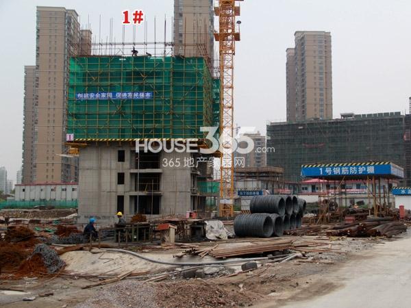 常州宝龙城市广场[青枫林语]1#楼工程进度(2014.4.20)
