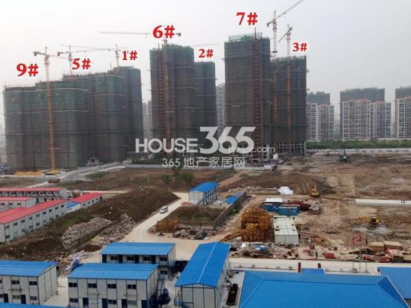 弘阳广场住宅工程进度实景图(2014.4.22)
