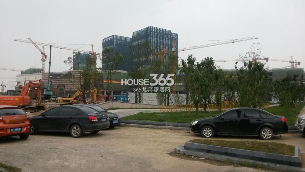 翠屏诚园临近的商业配套实景图(6.4)