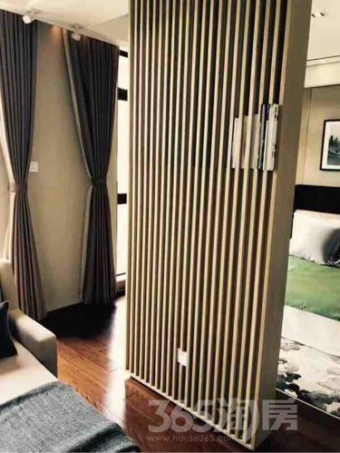 碧桂园滨湖湾6室2厅4卫178平米毛坯产权房2017年建