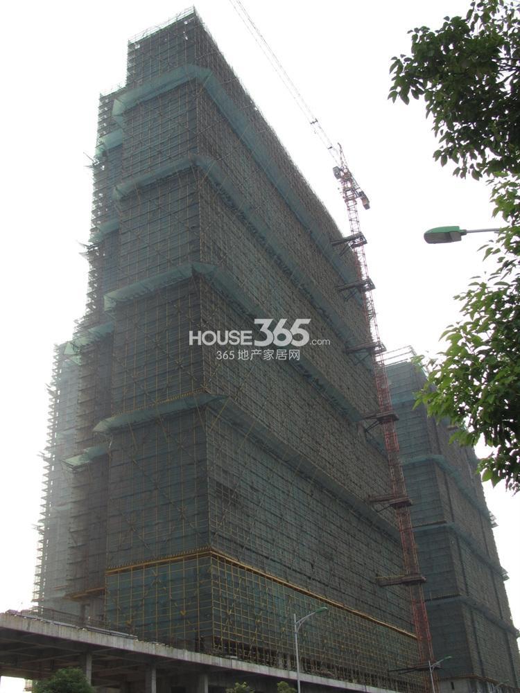东方万汇城在建楼栋实景图(10.23)
