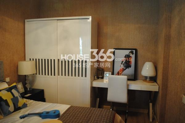 苏宁悦城86平方米样板间卧室
