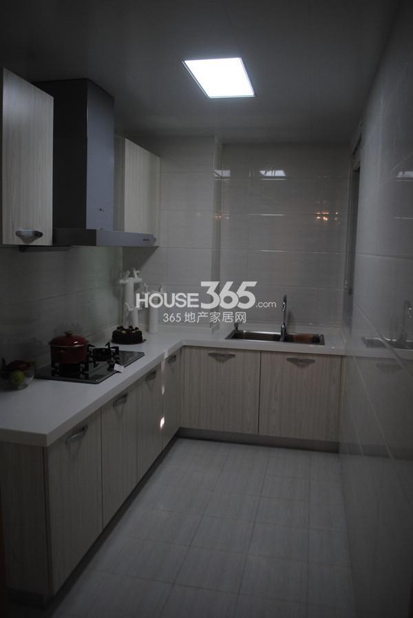 苏宁悦城86平方米样板间厨房
