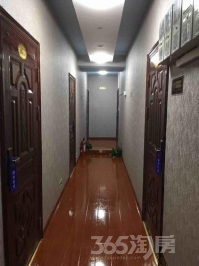 房东出租胜太路双地铁口800米酒店式单身公寓1300元起