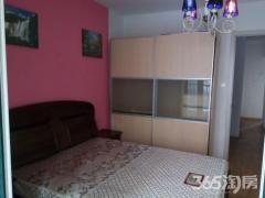 威尼斯6街区这么好看的卧室你不看?10分钟到地铁,有宽带做饭