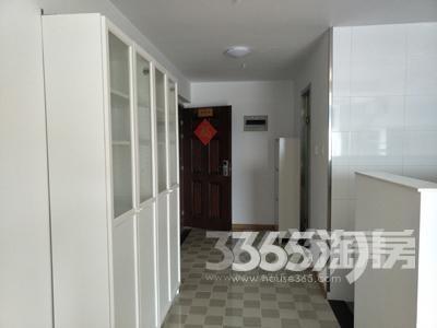 南京铂悦公寓1室1厅1卫53.6平方产权房豪华装