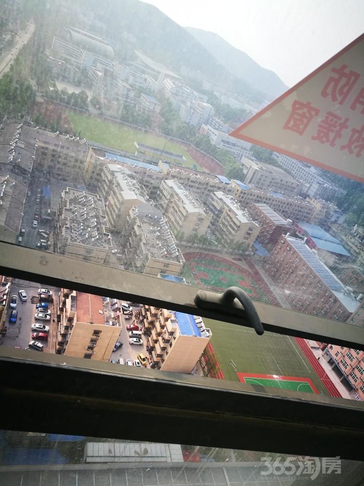 175平毛坯天赋广场 铜山中心,可分割可整租