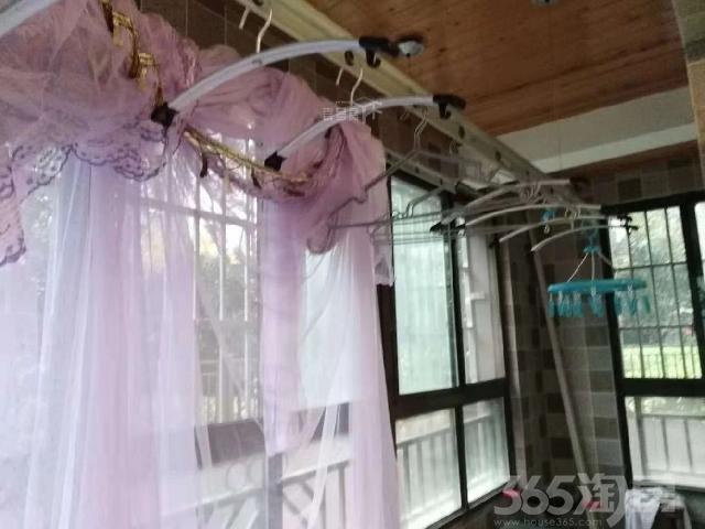 高铁站绿地之窗大三室婚装家具家电全送中
