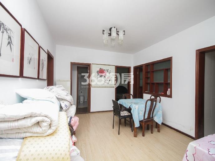 满五城开家园3室2厅2卫136.95平方产权房精装