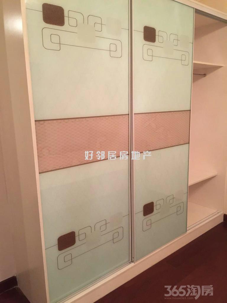 恒大雅苑3室2厅2卫140平米整租精装