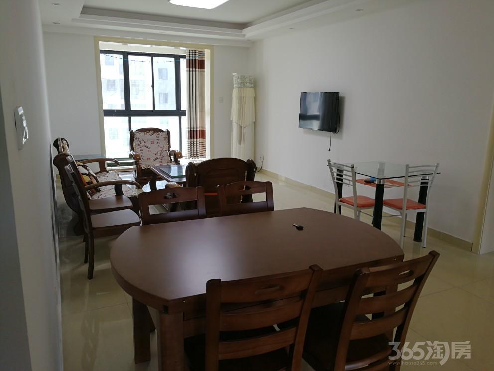 皇廷御苑3室2厅1卫108平米整租精装