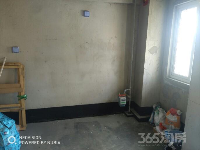 射阳五洲国际广场3室2厅2卫132平米2015年产权房毛坯