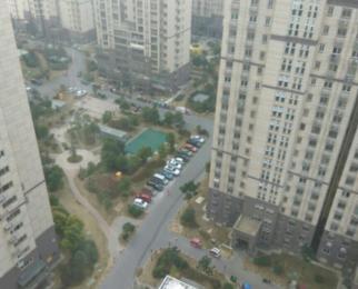 荣盛香榭兰庭3室2厅1卫92平米2015年产权房毛坯