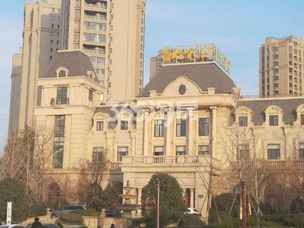 世园大公馆售楼部外部实景图(2017.12.8)