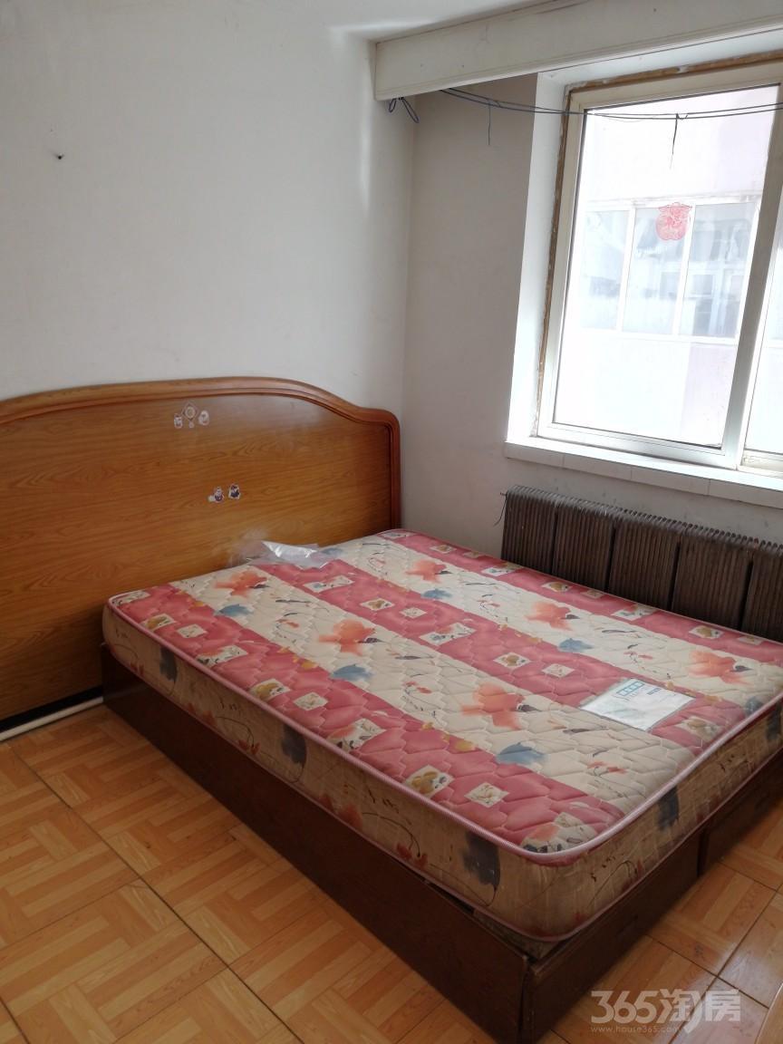 沈纺北小区1室1厅1卫40平米整租简装