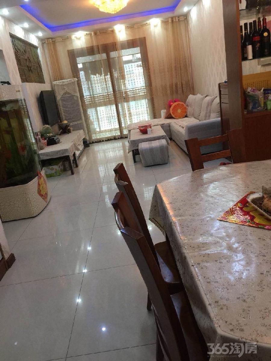【整租】中泰国际广场3室2厅