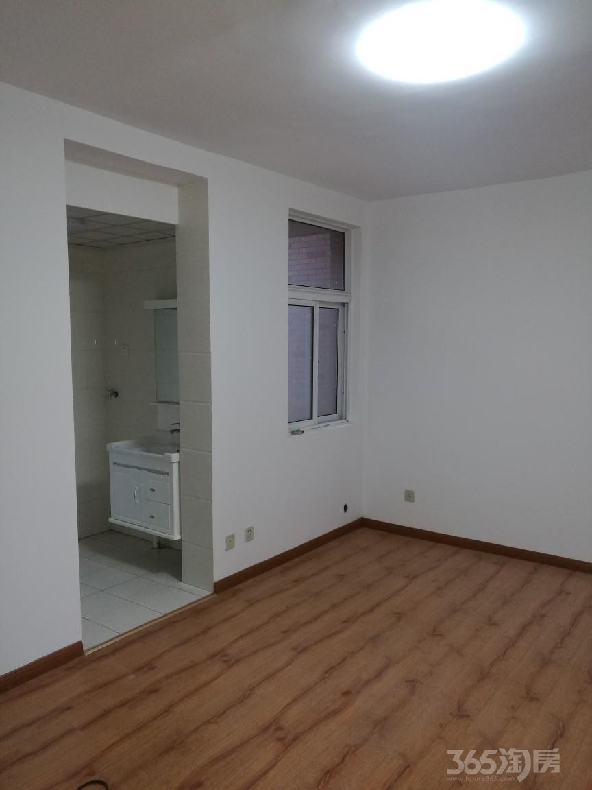 梧桐雅苑4室1厅1卫90平米精装售24万