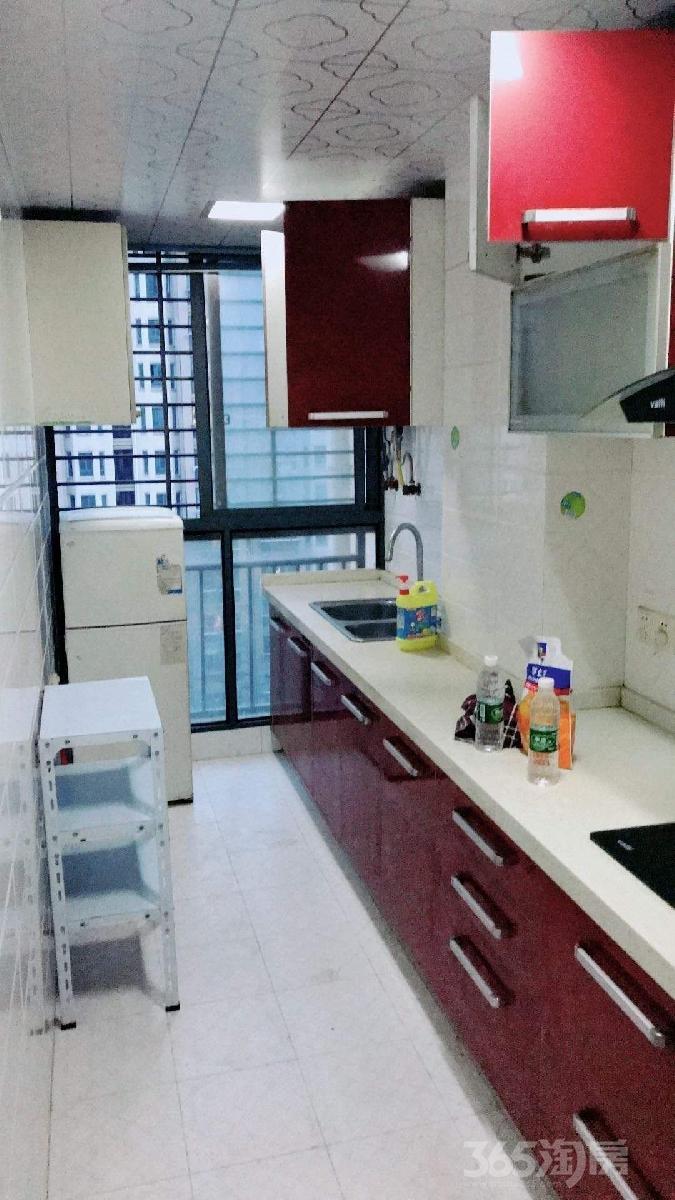 新旅城花园2室2厅1卫85平米2000整租精装