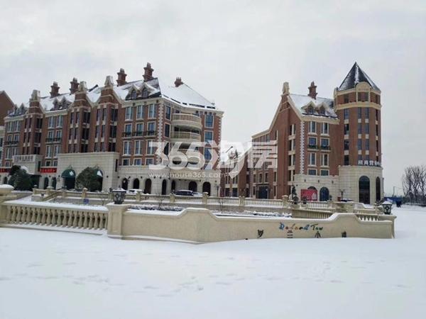 金晖罗兰小镇雪景景观-楼栋(2018.1摄)