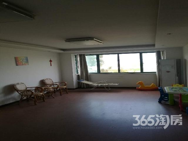 岸上南山4室2厅2卫159平米整租精装