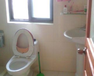 映月苑2室2厅2卫111平米整租精装