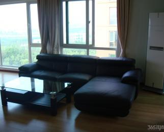 天泓山庄云山苑3室2厅2卫148平米豪华装整租